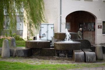 Manfred Sihle-Wissel: Mühlsteinbrunnen, (Foto: KUNST@SH/Jan Petersen, 2018)