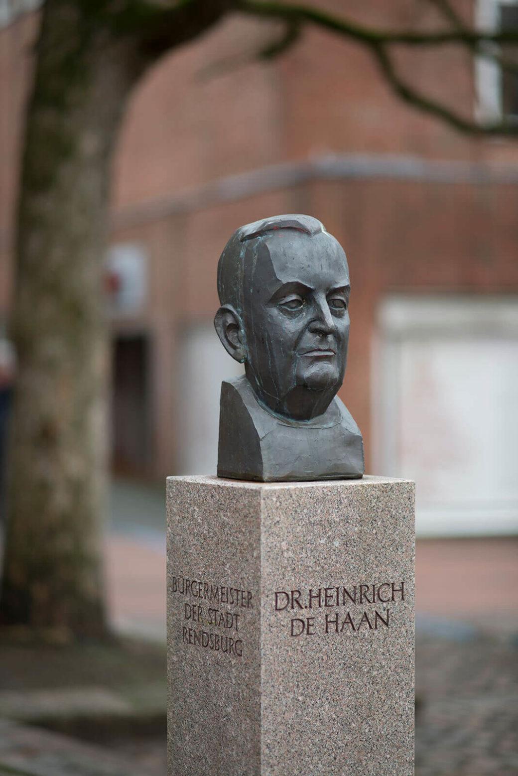Manfred Sihle-Wissel: Büste Heinrich de Haan, (Foto: KUNST@SH/Jan Petersen, 2017)