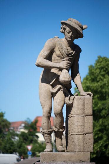 Dietrich Jürgen Boy: Brückenfigur Merkur, (Foto: KUNST@SH/Jan Petersen)