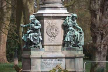 Denkmal für Uwe Jens Lornsen, (Foto: KUNST@SH/Jan Petersen)