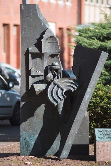 Doris Waschk-Balz: Mahnmal für die zerstörte Synagoge, (Foto: KUNST@SH/Jan Petersen)