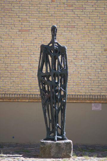 Karl Hartung: Stehende Figur, (Foto: KUNST@SH/Jan Petersen)
