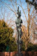 Karl Schubert: Mahnmal für die Opfer des 2. Weltkriegs