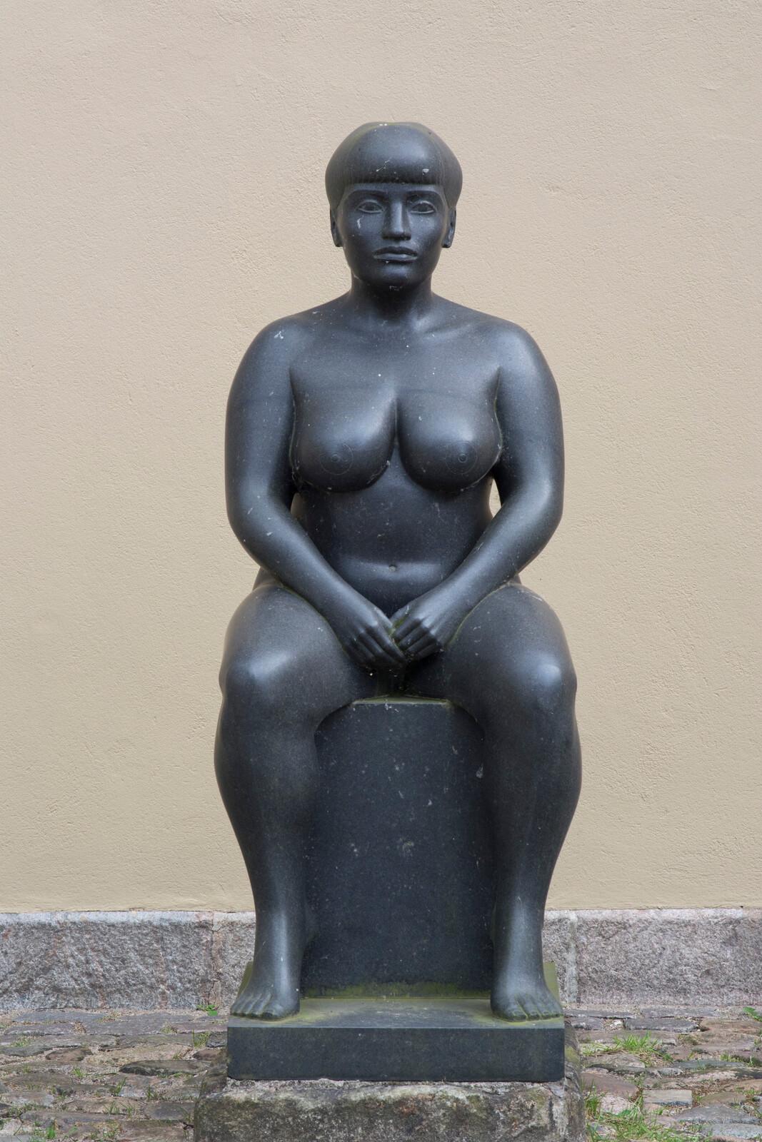 Die dicken Mädchen mit den kleinen Brüsten