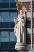Petrusfigur am Schifffahrtsmuseum Kiel