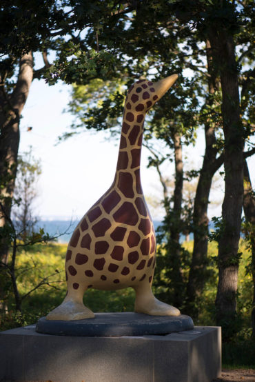 Sven Backstein: Giraffengans Serafina, (Foto: KUNST@SH/Jan Petersen)