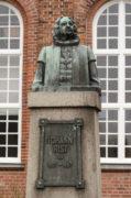 Werner Issel und Hans Poelzig: Denkmal für Pastor und Dichter Johann Rist